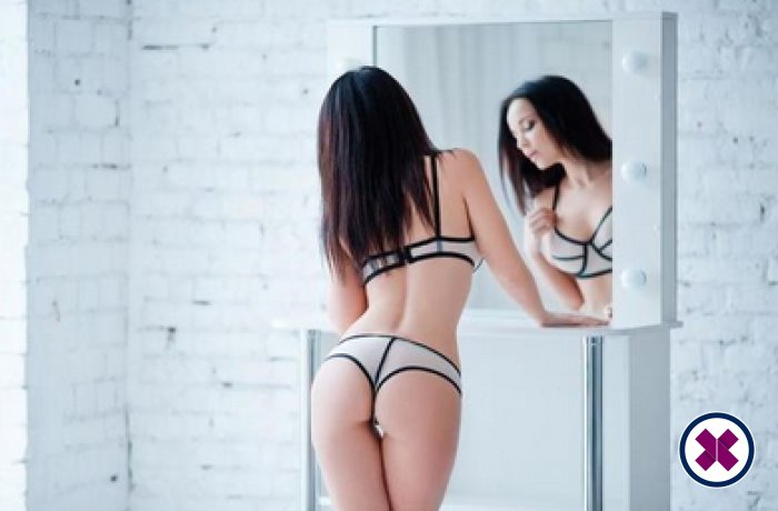 Emma is one of the incredible massage providers in Amsterdam. Go and make that booking right now