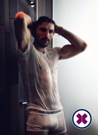 Claudio is a hot and horny Italian Escort from London