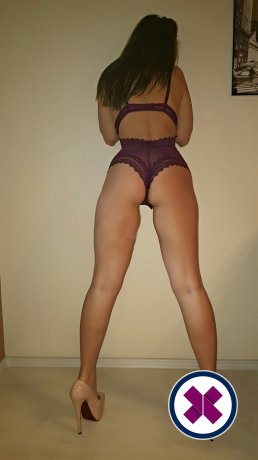 Lucy is een sexy Spanish Escort in Norrköping