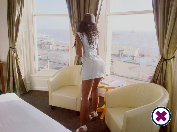 Spend some time with English Ebony in London; you won't regret it