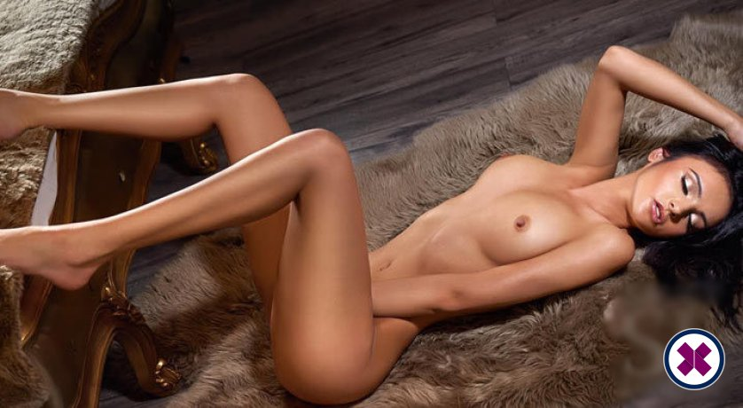 Maria is a sexy Spanish Escort in Westminster