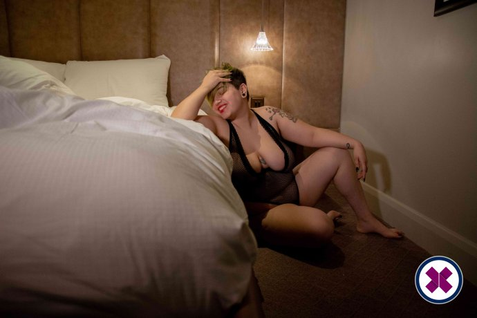 Barbara Lochrian is a sexy English Escort in Westminster