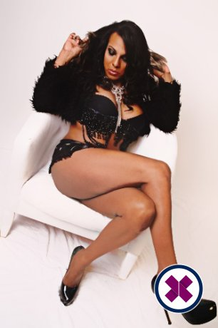Black Perla TS is a high class English Escort Cardiff